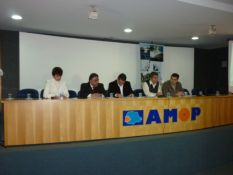 amop2
