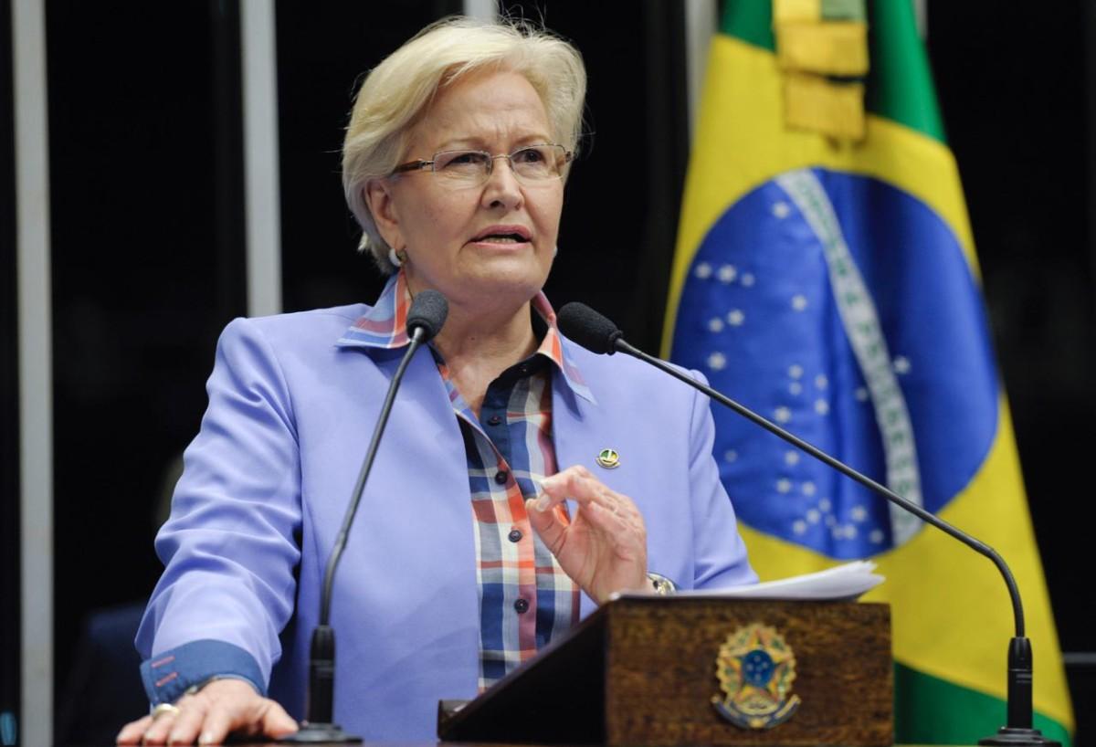 Em discurso na tribuna do Senado, senadora Ana Amélia (PP-RS).